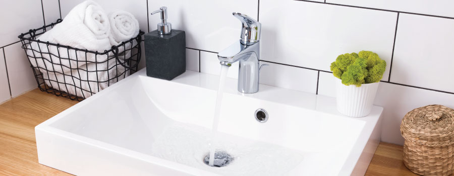 Best Bathroom Faucets: 4 Top Washroom Taps for 2019